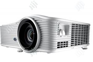 Optoma 6500lumens Wu615 Projector   TV & DVD Equipment for sale in Lagos State, Ikeja