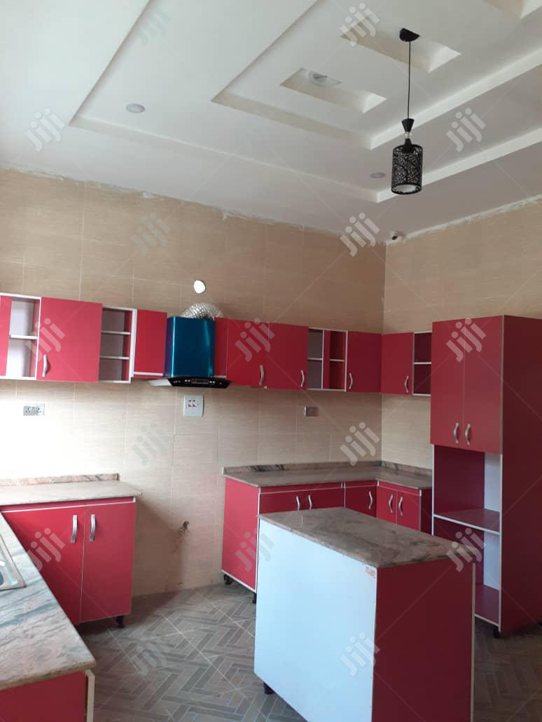 Archive: Newly Built 5 Bedroom Duplex At Thomas Ajah
