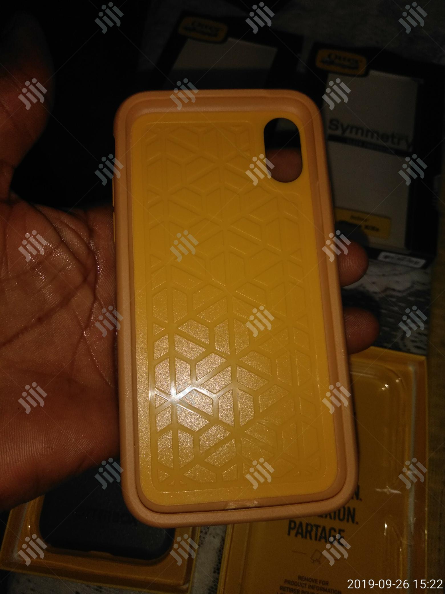 Archive: iPhonexs Otterbox Symmetry Case
