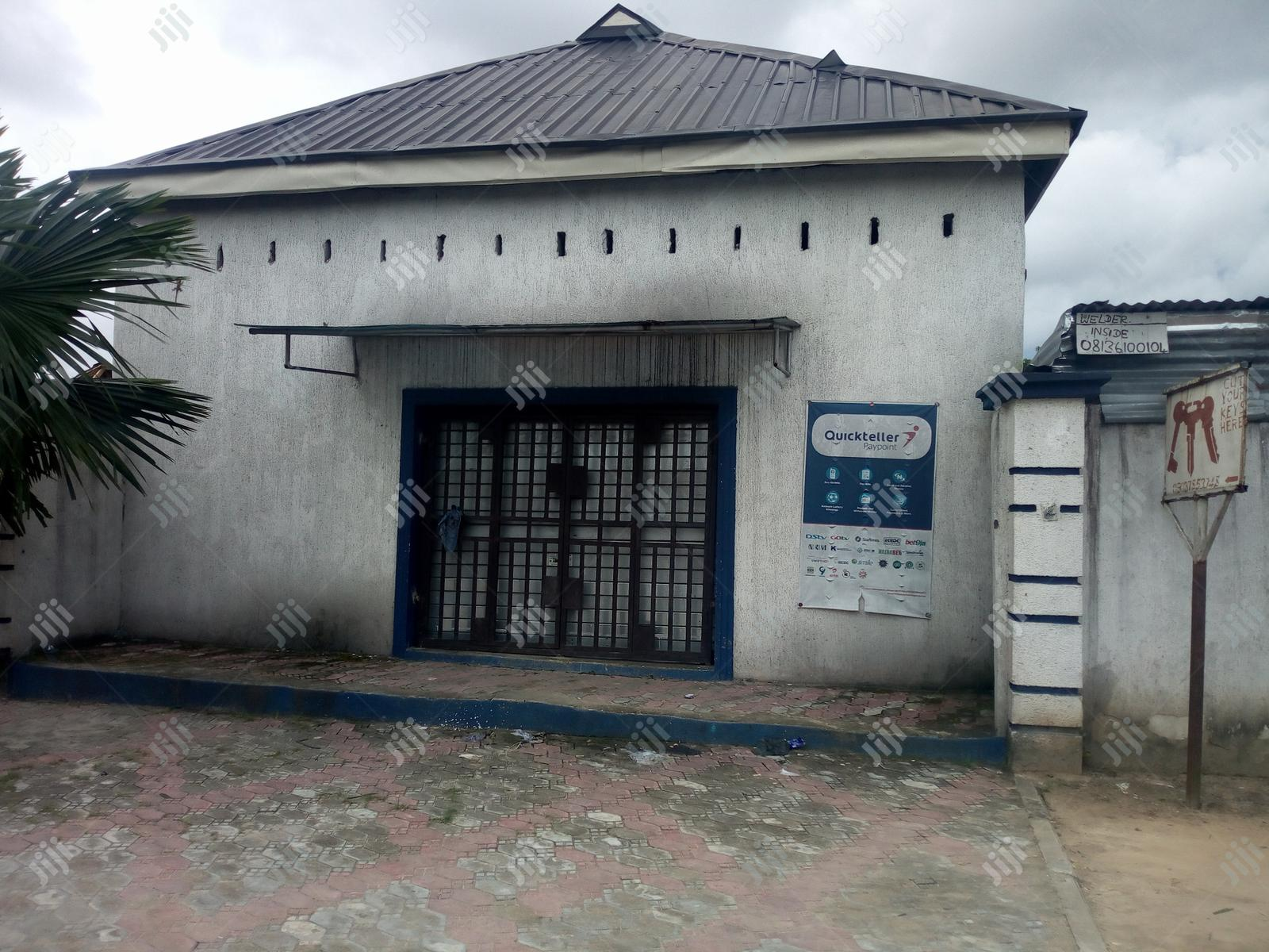 To Let: A Mini Warehouse on Airport Rd Near Rumuokoro