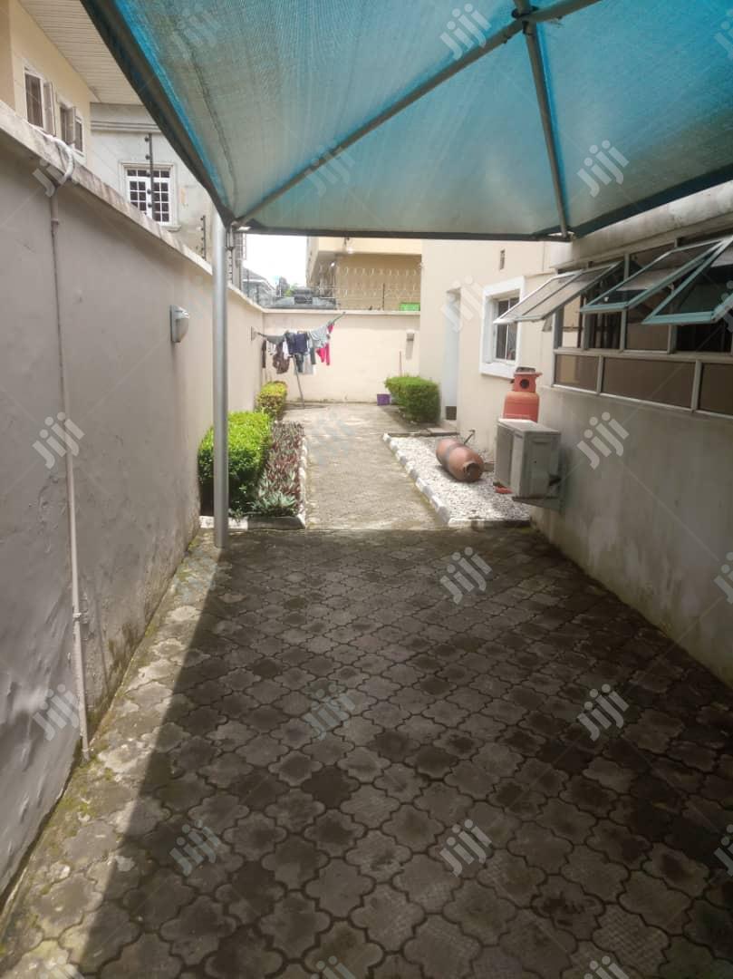 Archive: Well Built & Nice 5 Bedroom Detached Duplex AT Lekki Phase 1 For Sale.