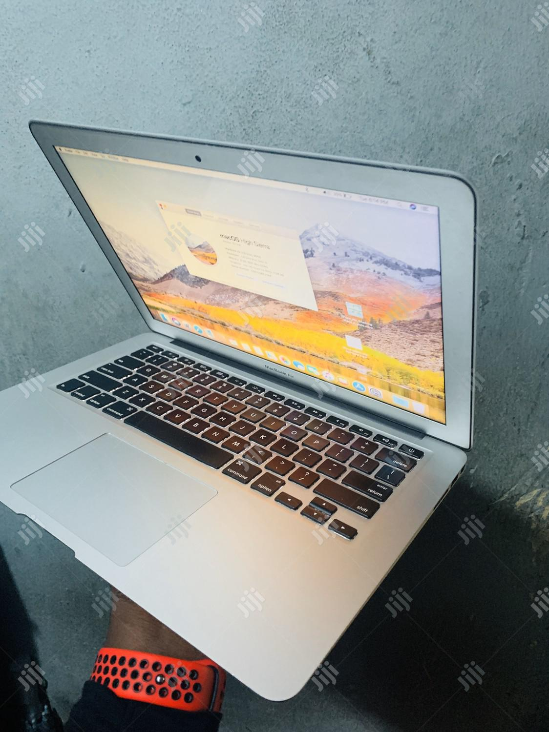 Laptop Apple MacBook Air 8GB Intel Core i7 SSD 256GB | Laptops & Computers for sale in Lekki, Lagos State, Nigeria