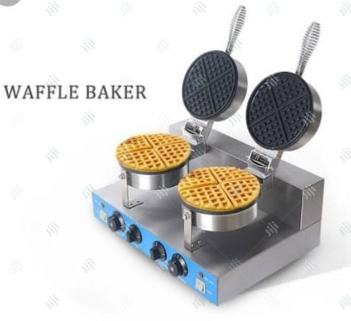 Waffle Baker Double Chambers