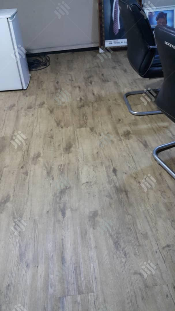 Wooden Floor Tiles Laminated Vynil