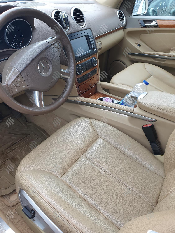 Archive: Mercedes-Benz GL Class 2009 GL 450 Gold