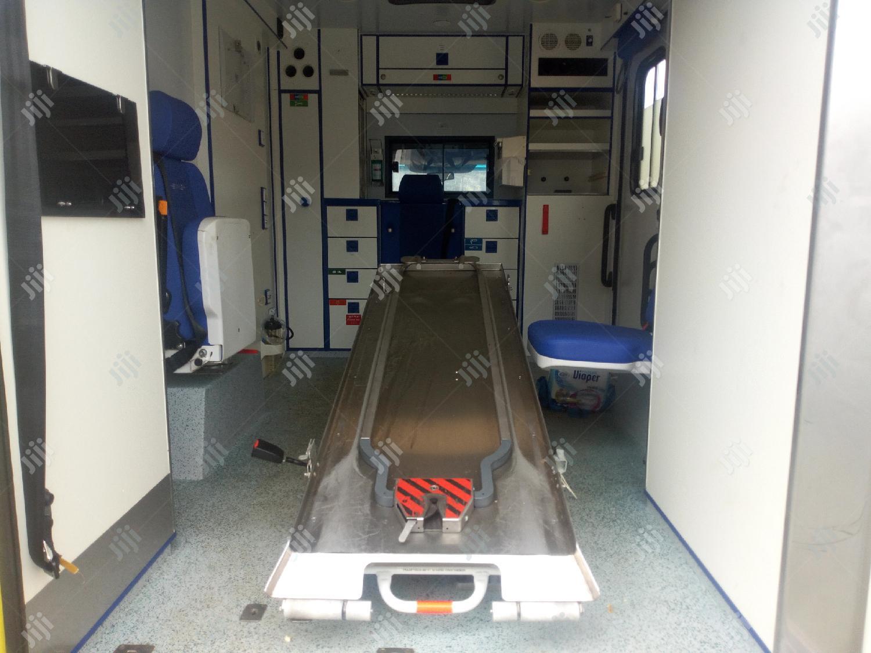 Archive: Mercedes Benz Ambulance Yellow