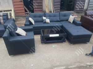 ELEGANT 6 SEATERS L -SHAPE SOFAS With Single and Center Table   Furniture for sale in Lagos State, Ajah