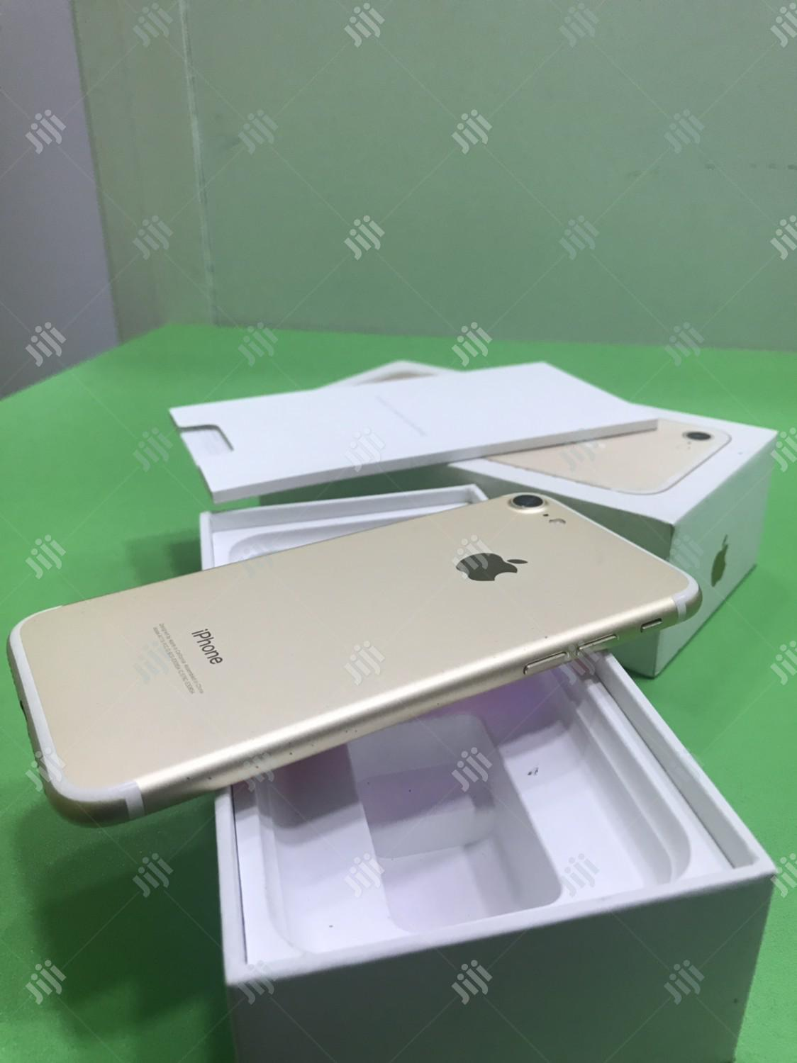 Apple iPhone 7 32 GB Gold   Mobile Phones for sale in Ikeja, Lagos State, Nigeria
