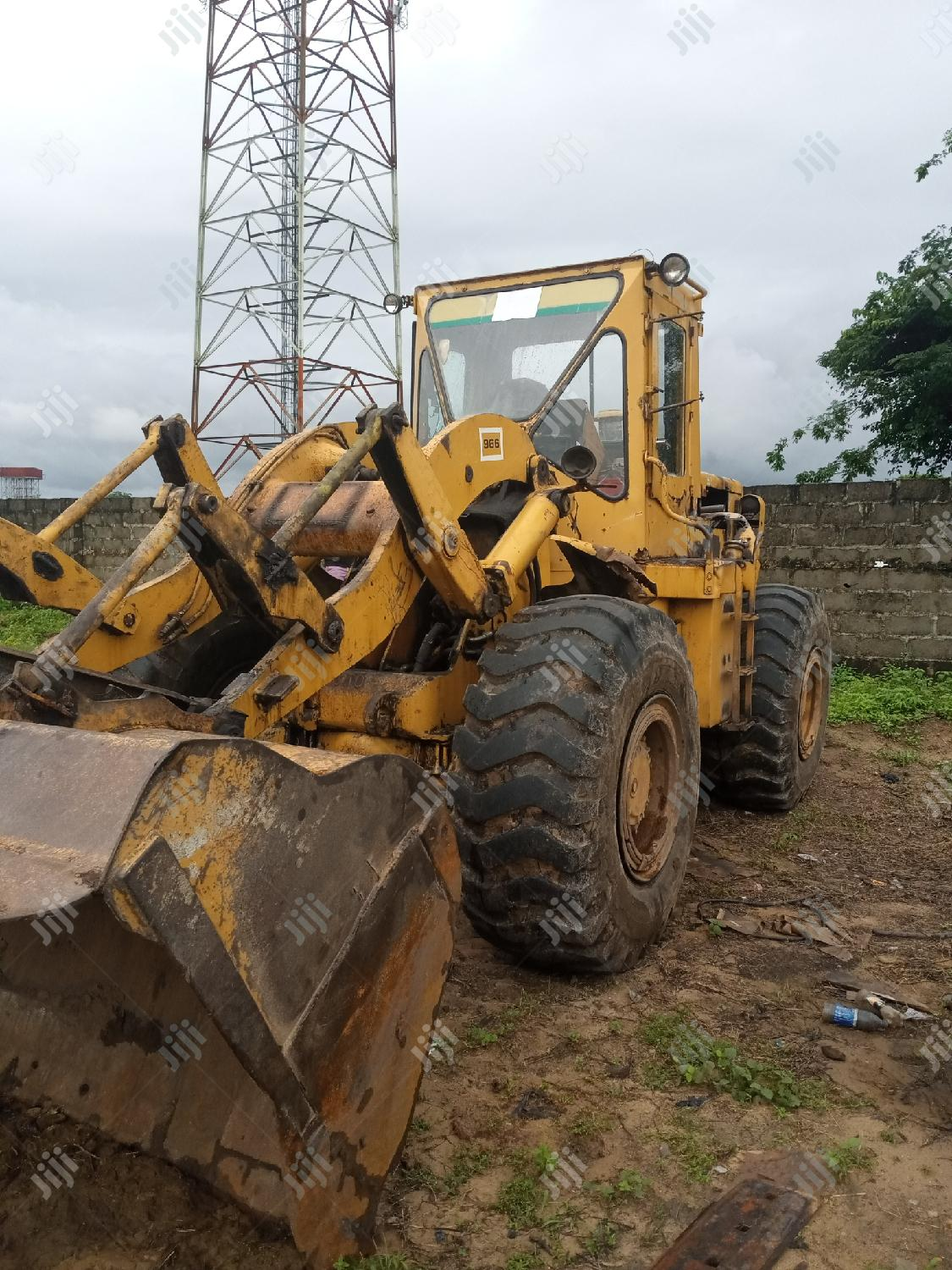 Payloader For Urgent Sale