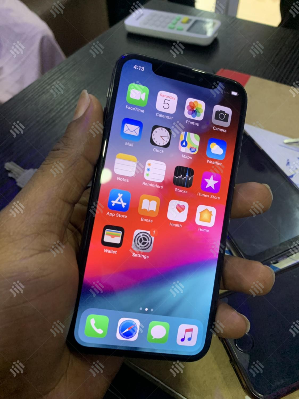 Apple iPhone X 256 GB Gray
