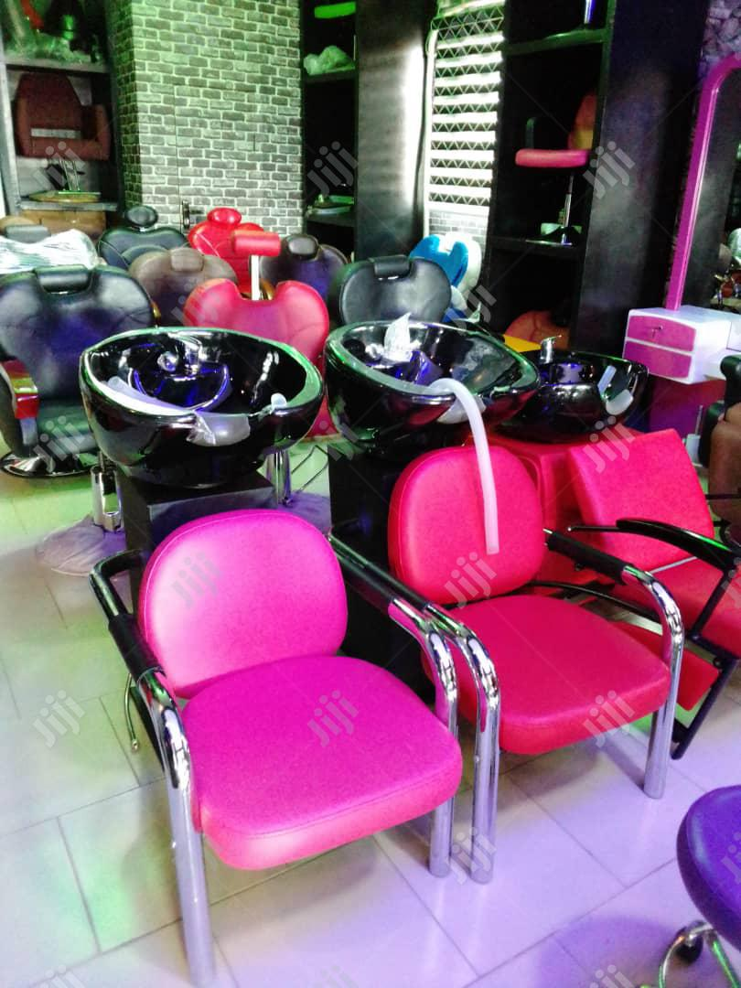 Archive: Classic Saloon Chair And Hair Washer