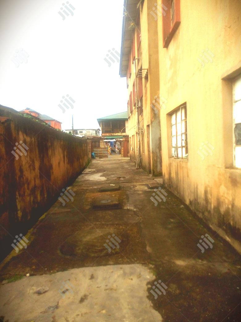 2 Storey,6 Units of 4 Bedroom Flat 4sale at Amuwo Odofin. | Houses & Apartments For Sale for sale in Amuwo-Odofin, Lagos State, Nigeria