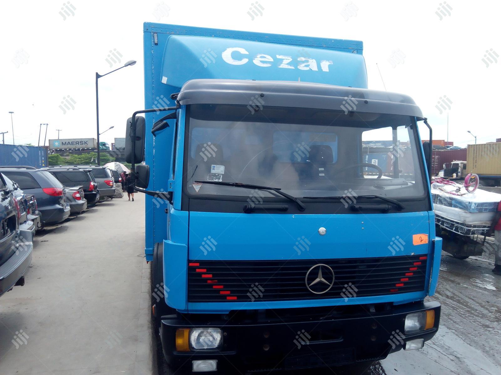Mercedes Benz Truck 814   Trucks & Trailers for sale in Apapa, Lagos State, Nigeria