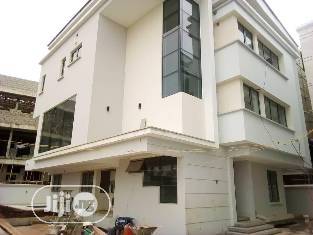 A New 5 Bedroom Detached Duplex With Bq At Ikoyi For Sale