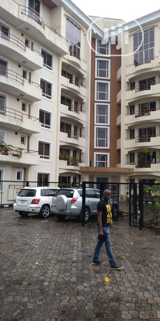 A 4 Bedroom Flat Behind Ikoyi Golf Club, Ikoyi For Sale | Houses & Apartments For Sale for sale in Ikoyi, Lagos State, Nigeria