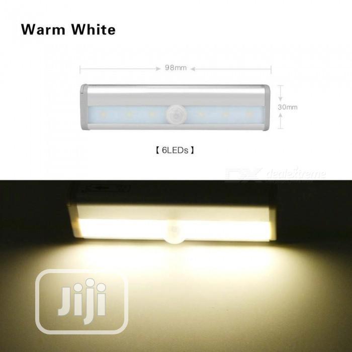 LED Motion Sensor Wardrobe Wardrobe Cabinet Warm White Light Night