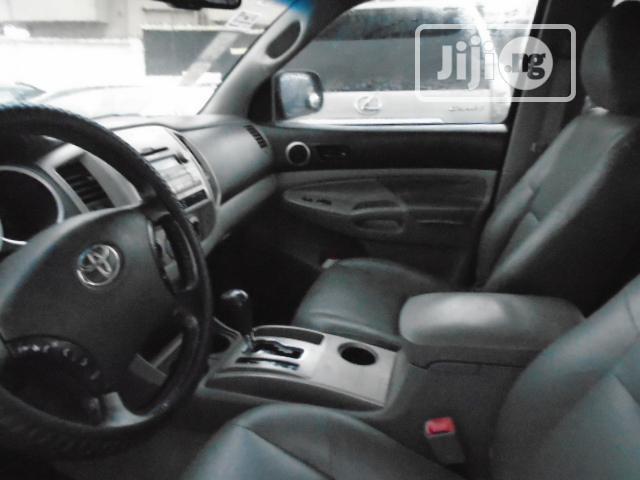 Archive: Toyota Tacoma 2010 Black