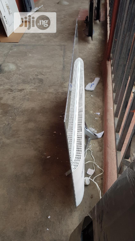 "Blade Slim LG 55"" Oled 4K Suhd Hdr Smart TV - Oled55b7 | TV & DVD Equipment for sale in Ojo, Lagos State, Nigeria"