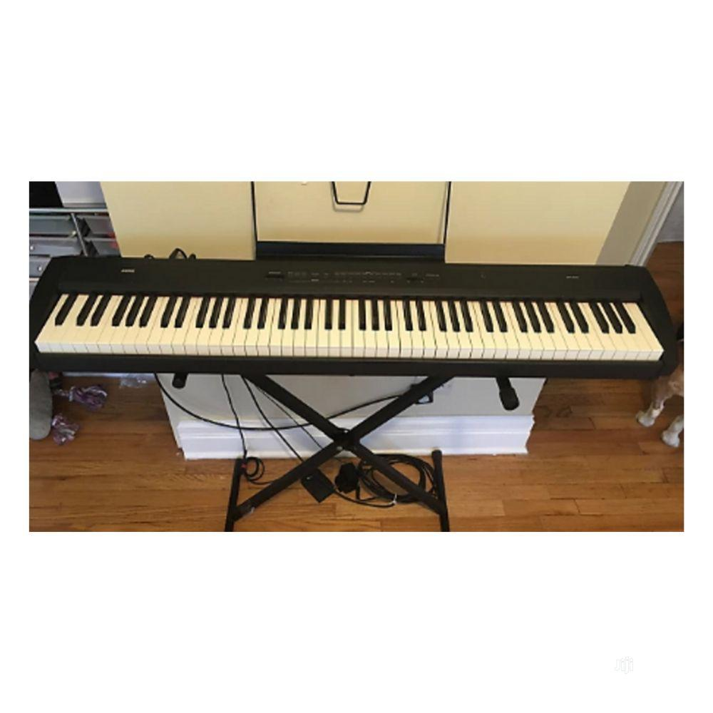 UK USED Korg SP 200 Stage Piano
