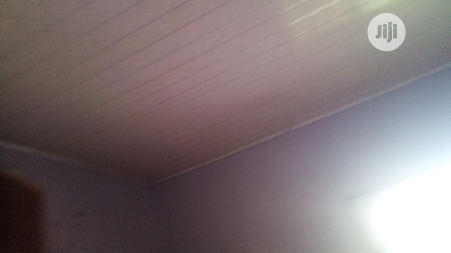 1 Room and Palour Self Contain   Houses & Apartments For Rent for sale in Benin City, Edo State, Nigeria
