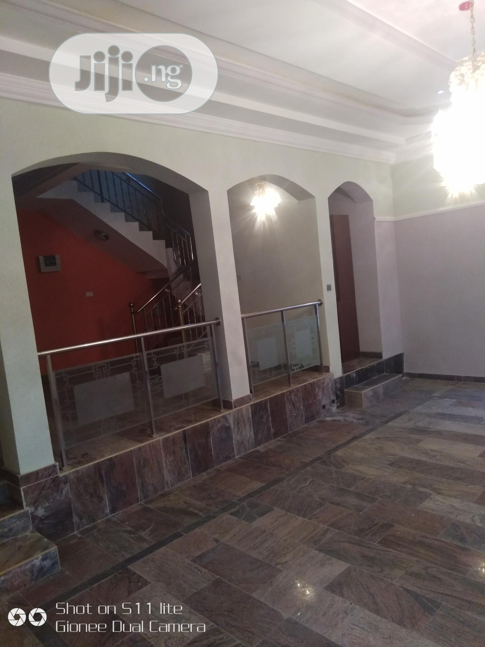 5 Bedroom Fully Detached Duplex With A Room Bq , Two Kitchen   Houses & Apartments For Sale for sale in Gwarinpa, Abuja (FCT) State, Nigeria