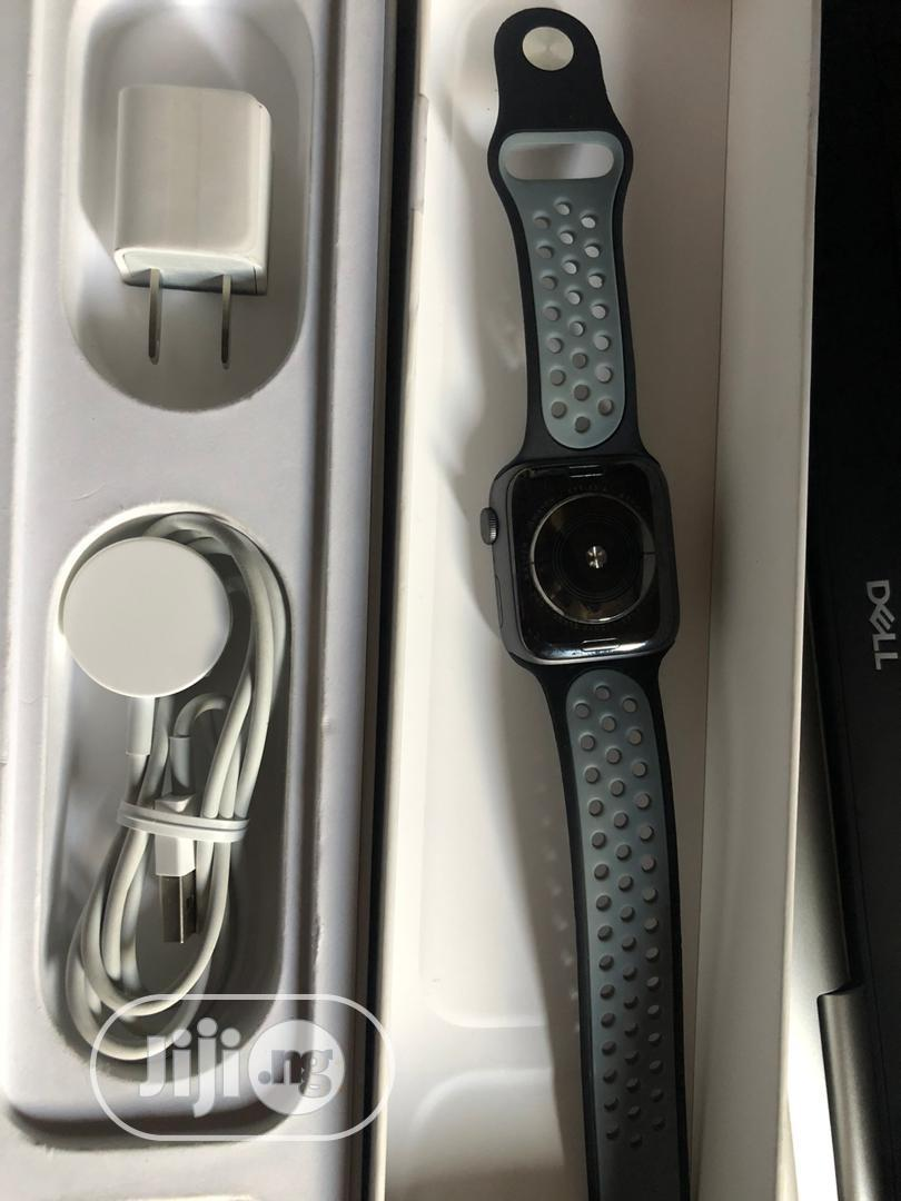 Uk Used Apple Watch Series 4 44mm Gps Only | Smart Watches & Trackers for sale in Ibadan, Oyo State, Nigeria