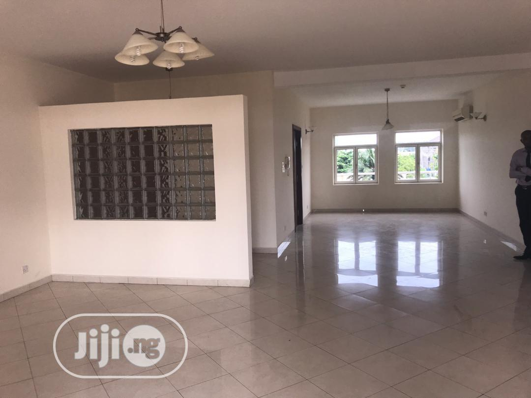 Archive: Luxurious Four(4) Bedroom Penthouse Apartment With Rooftop Terrace