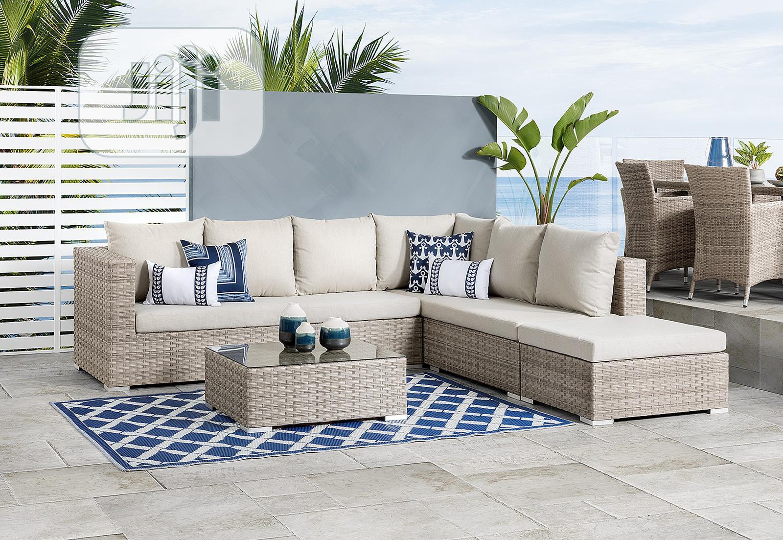 Exquisite Outdoor/Indoor Rattan Modular Sofa Furniture Unit