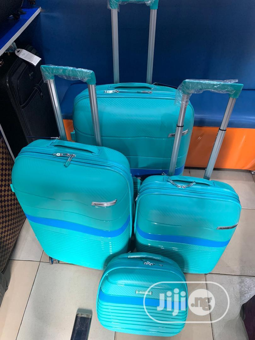 Luggage Box Complete Set Available As Seen Order Yours Now