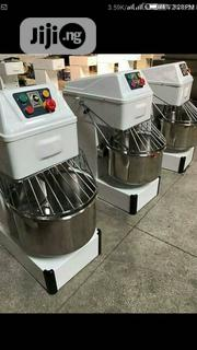 Quality Guaranteed 25kg Dough Mixer In Stock | Restaurant & Catering Equipment for sale in Lagos State, Ojo