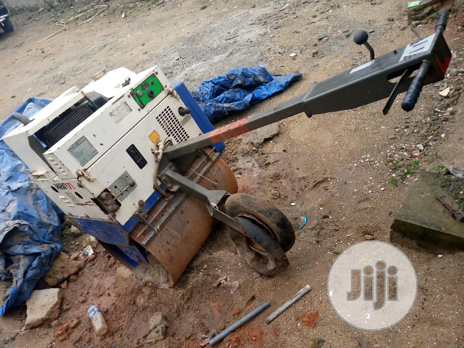 London Used Single Drum Automatic Vibrator Roller