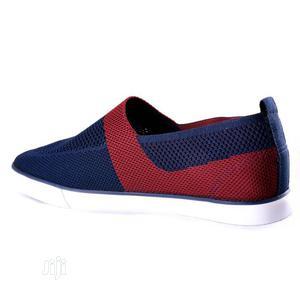 Fuerkang Trendy Sleek Mesh Sneaker