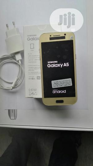 Samsung Galaxy A5 32 GB Gold   Mobile Phones for sale in Lagos State, Alimosho