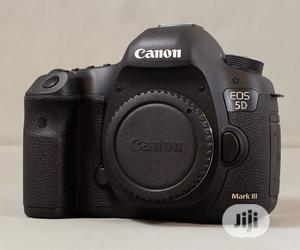 Canon EOS 5D Mark III Camera | Photo & Video Cameras for sale in Lagos State, Ikeja