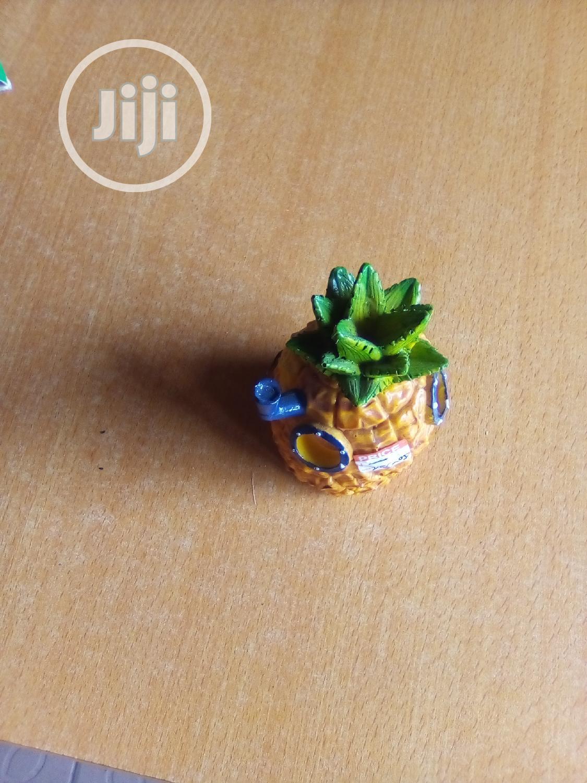 Pineapple Aquerium Water Weals