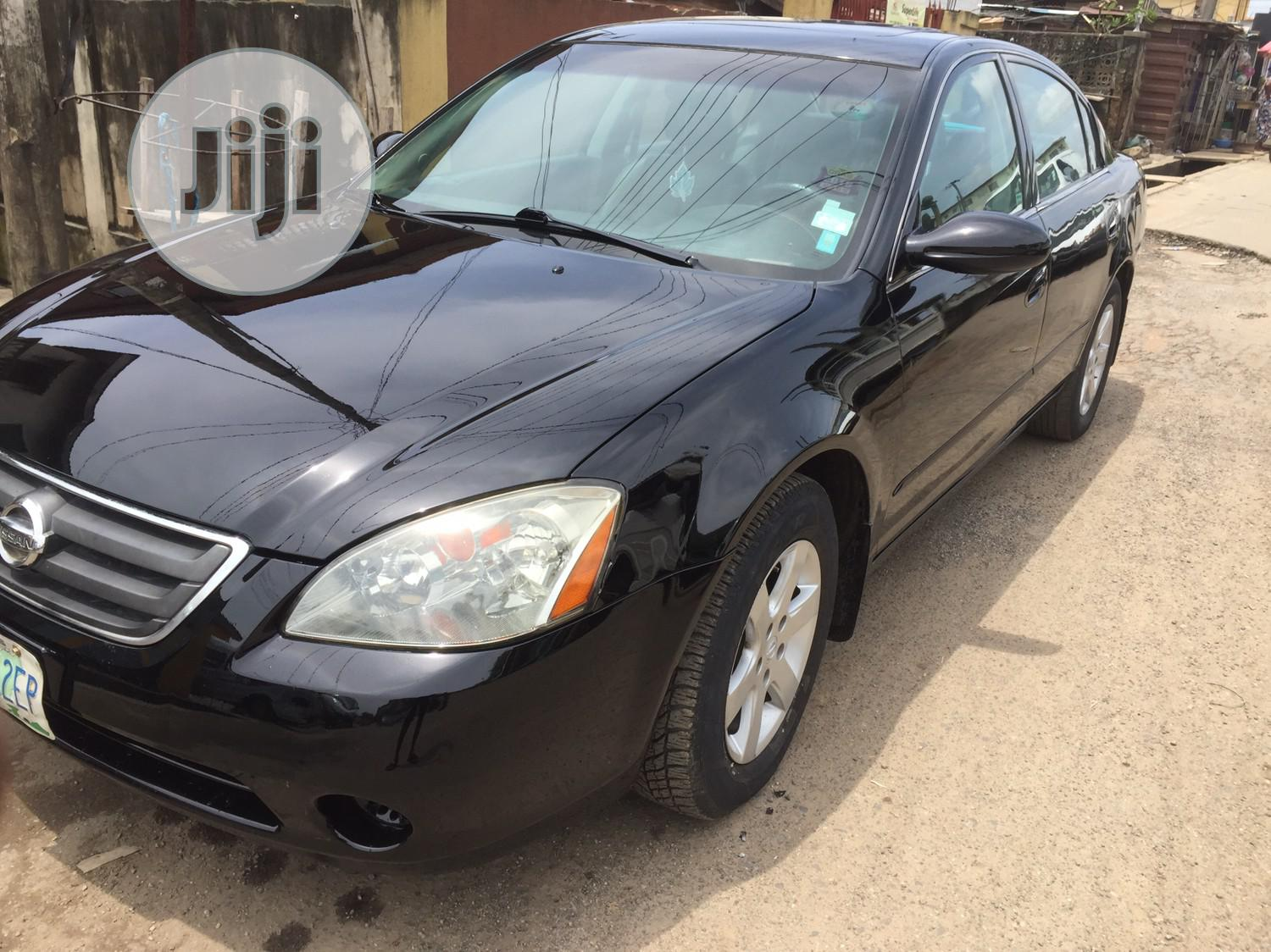 Archive: Nissan Altima 2004 Black