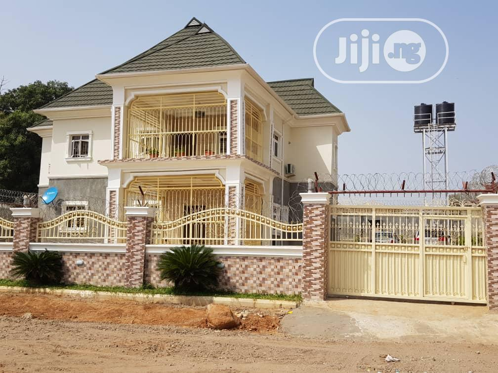 Spacious 4 Bedroom Detached Duplex With Bq At Gwarimpa For Sale