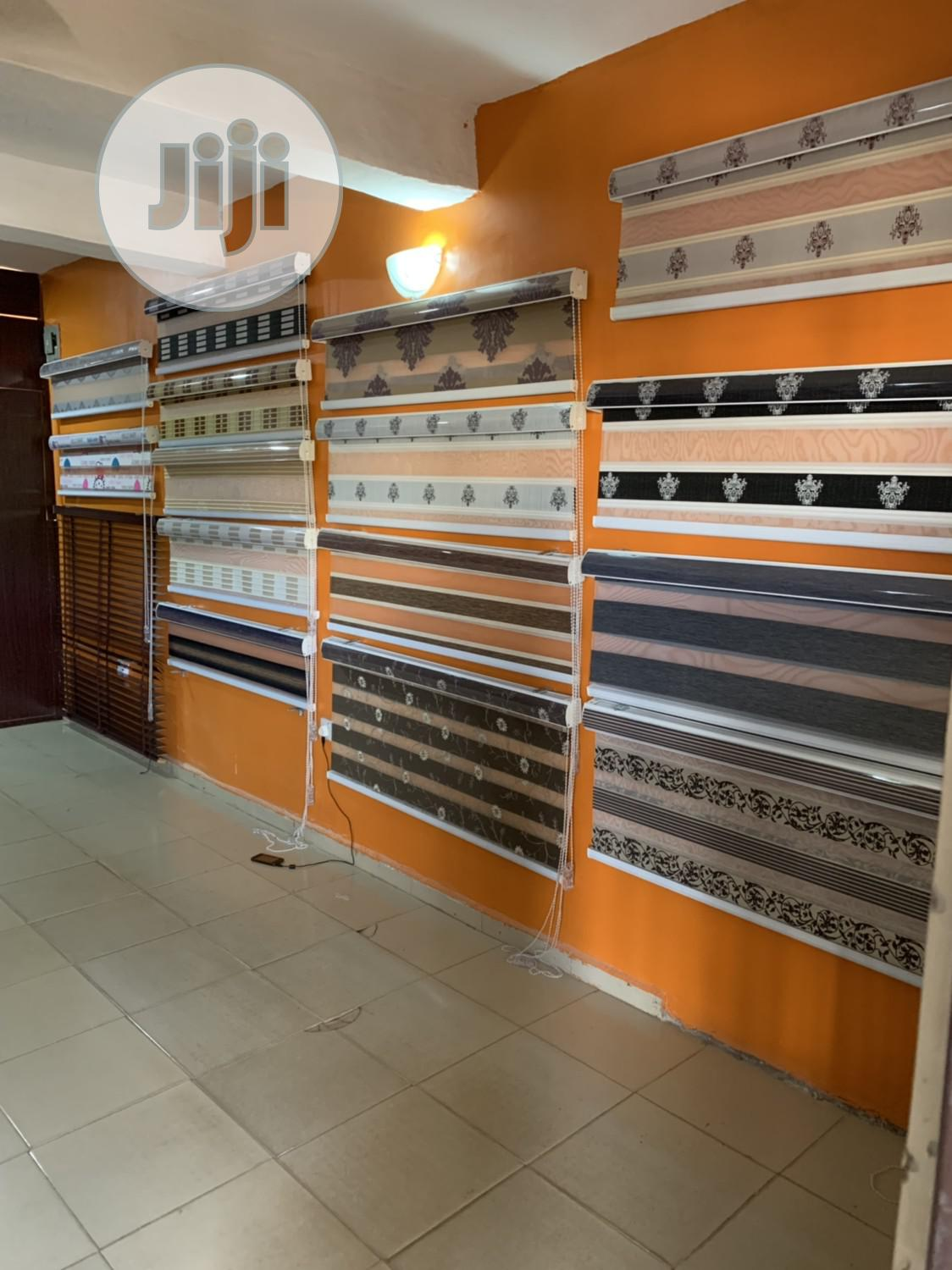 Window Blinds (Day And Night)