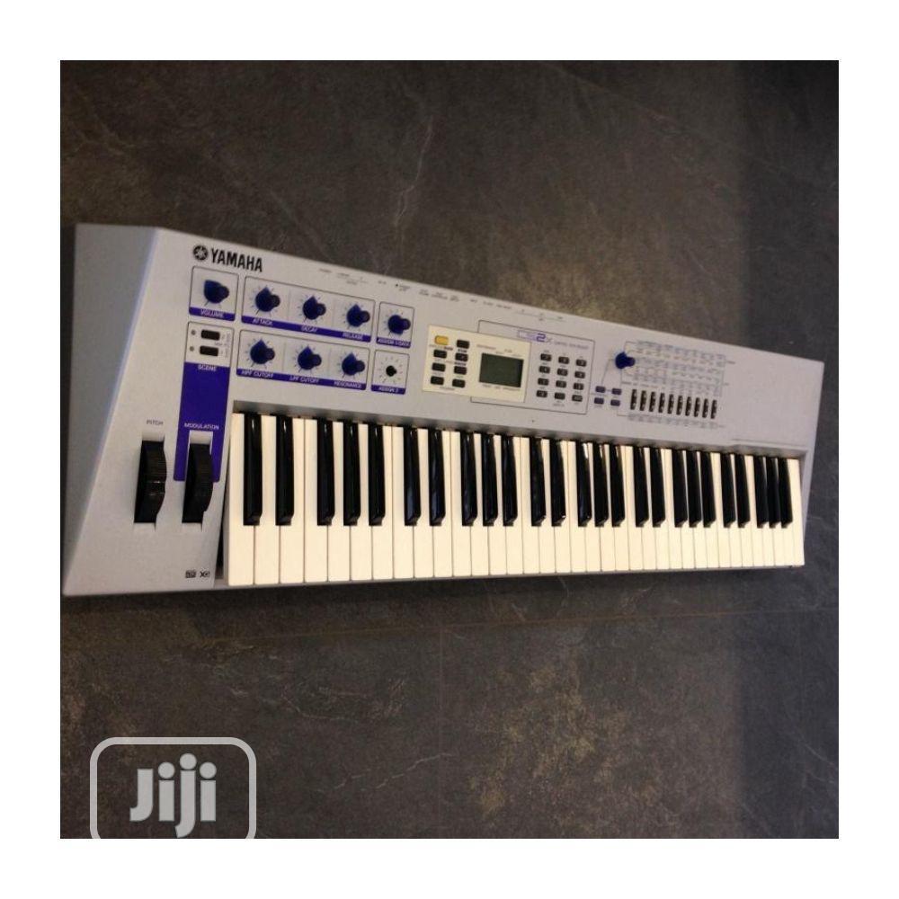UK USED Yamaha CS2X Vintage Keyboard Synthesizer