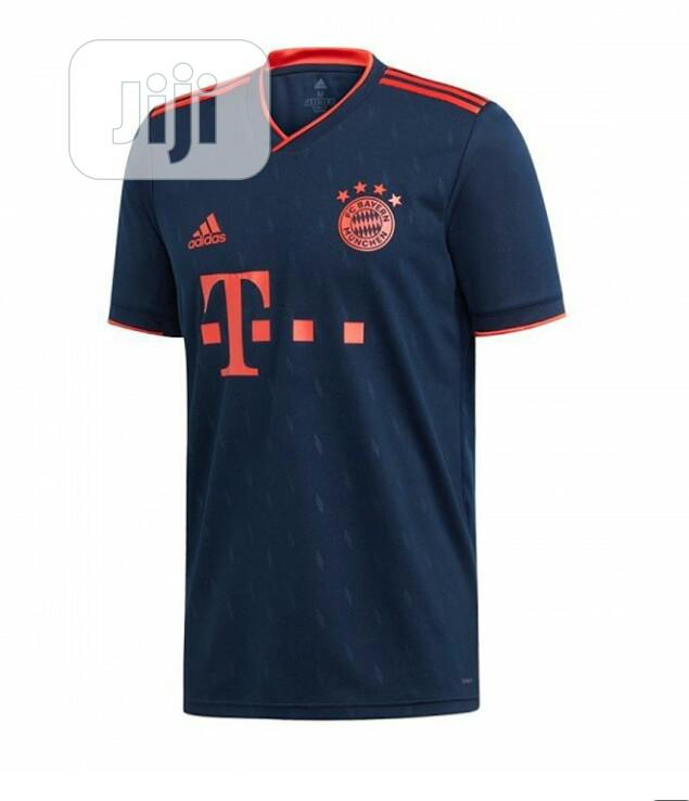 Archive: Bayern Munich Home/Away and Third Kit