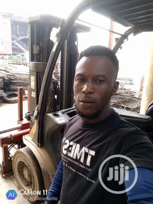 Forklift Operator   Construction & Skilled trade CVs for sale in Lagos State, Surulere