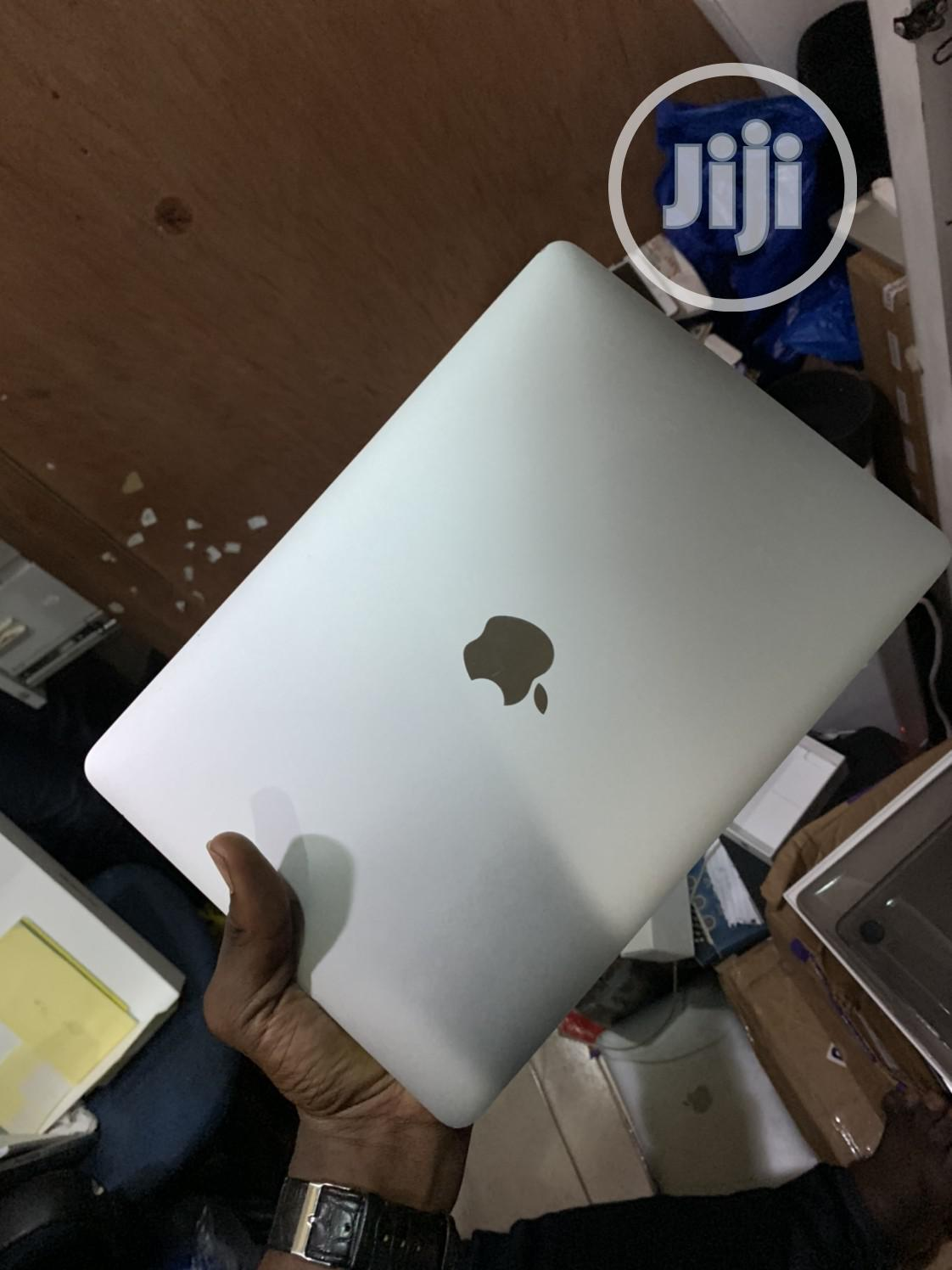 Archive: Laptop Apple MacBook 8GB Intel Core M SSD 256GB
