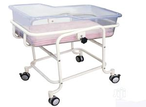 Baby Cot/Baby Bassinet | Medical Supplies & Equipment for sale in Lagos State, Mushin