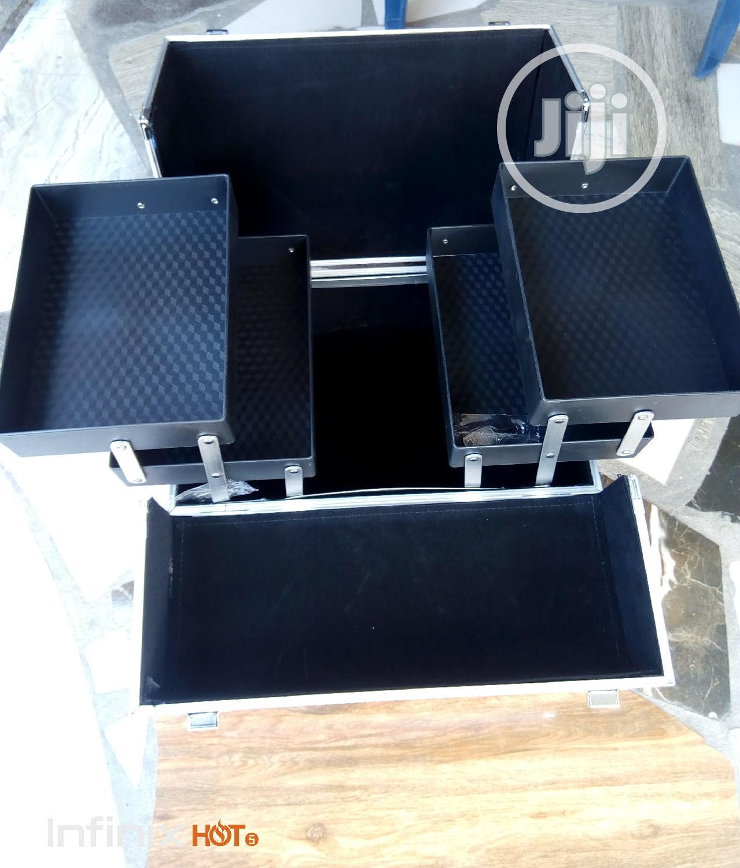 Makeup Box   Tools & Accessories for sale in Amuwo-Odofin, Lagos State, Nigeria