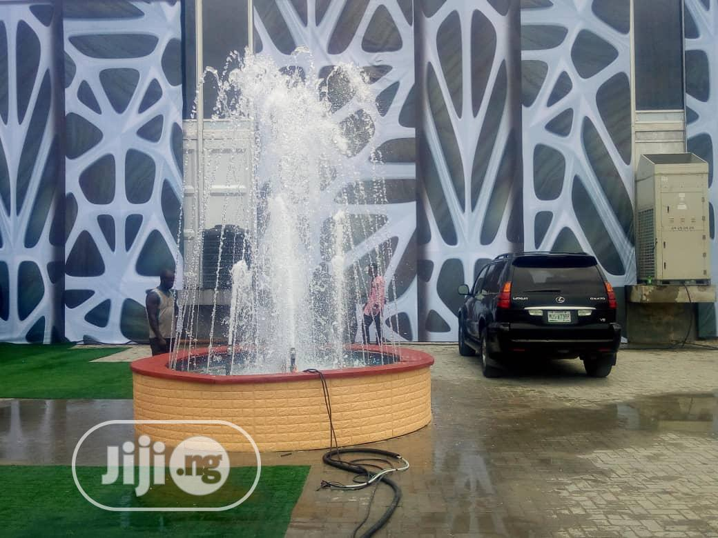 Archive: We Build Round Water Fountains That Will Wow You