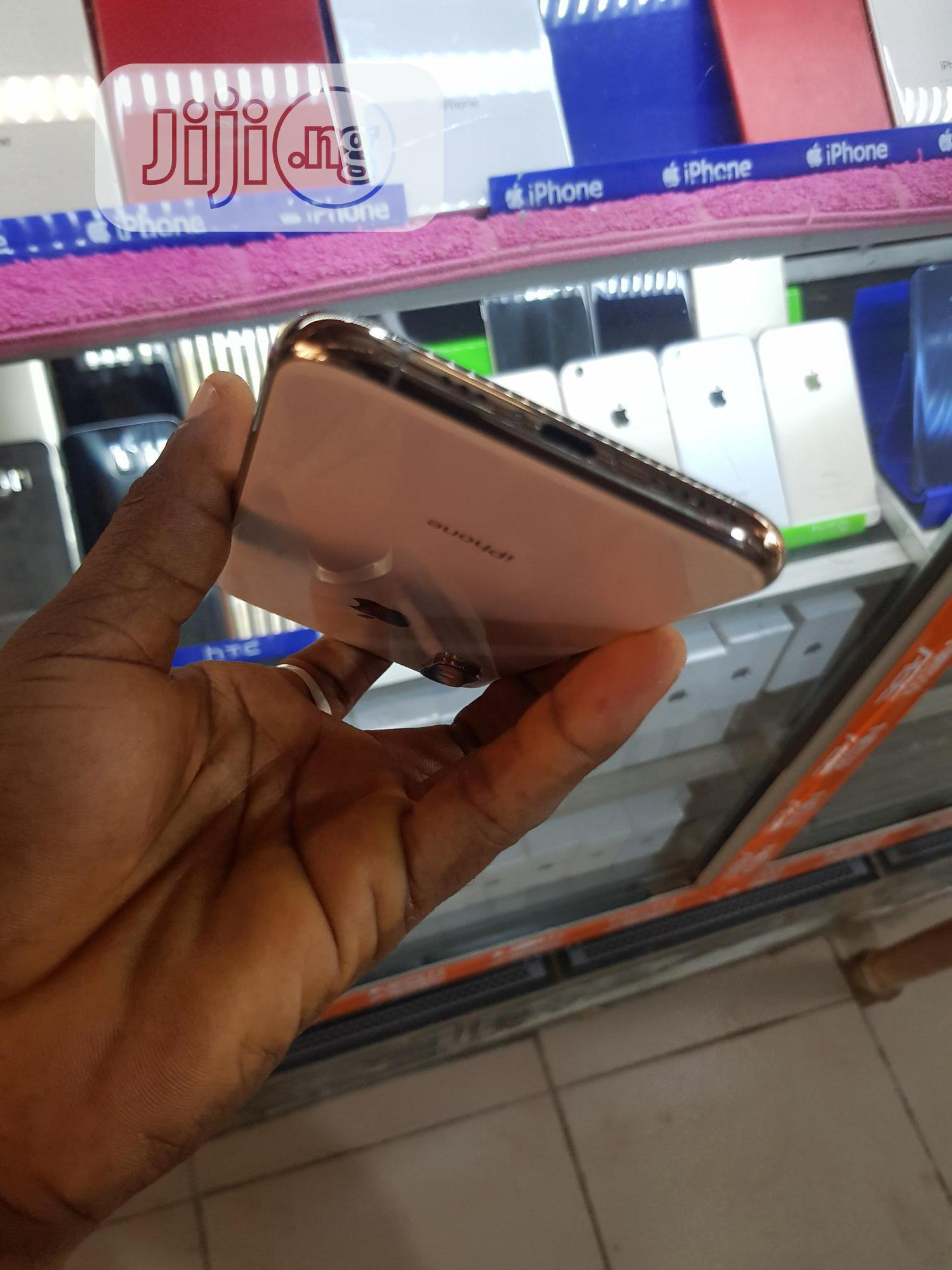 Apple iPhone XS 64 GB Gold   Mobile Phones for sale in Wuse, Abuja (FCT) State, Nigeria