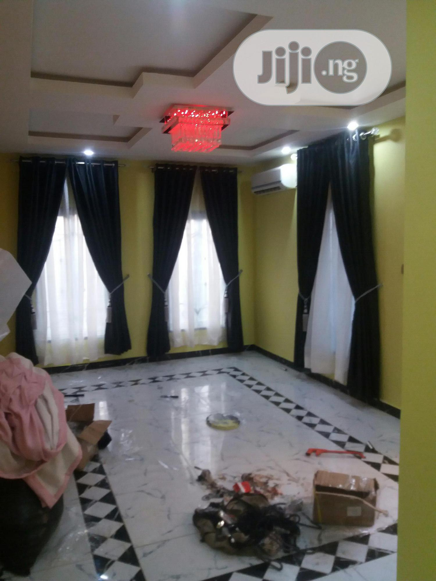 Executive Curtains/Windowblinds/Duvet/Wallpaper/3D Wallpanel/Painting | Building & Trades Services for sale in Ajah, Lagos State, Nigeria