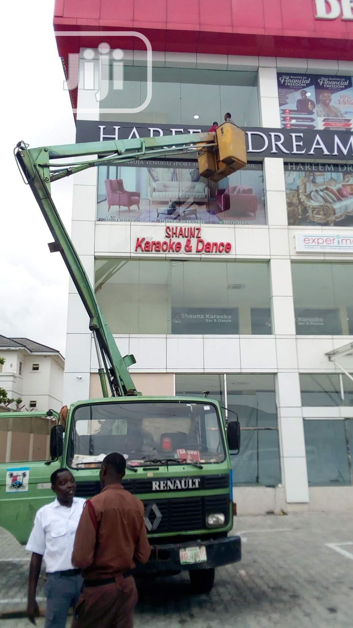 Scissors Lift Equipment Scaffolds | Automotive Services for sale in Alimosho, Lagos State, Nigeria