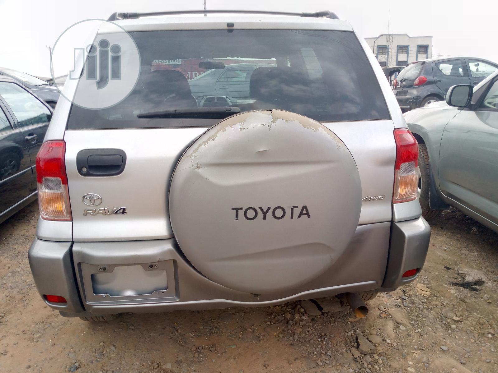 Toyota Rav4 2004 2 0 4x4 Executive Silver In Lagos State Cars Sunday Daniel Jiji Ng