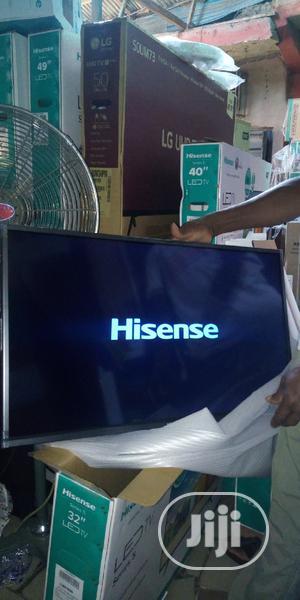 Hisense LED Tv 32'' + 1 Free Tv Guard